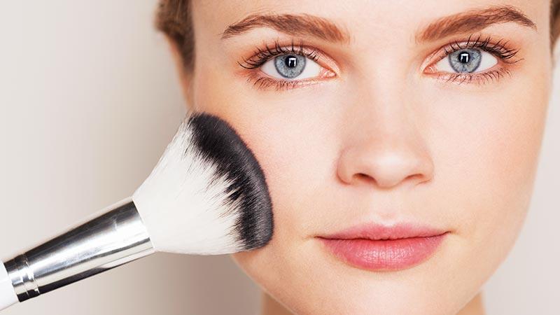 Truques de maquiagem que sempre funcionam